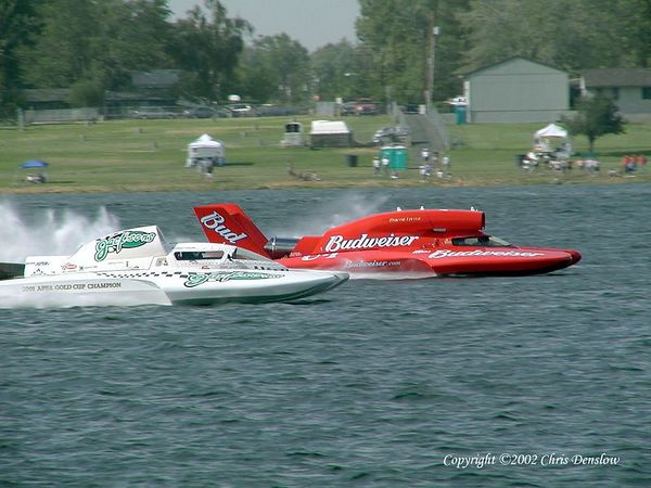Chris Denslow's gallery of the 2002 Columbia Cup held July 26-28, 2002 at Kennewick, WA